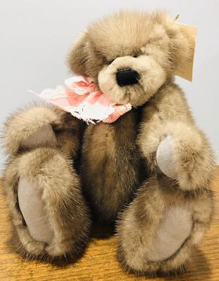 Bear, Aurora - Mink