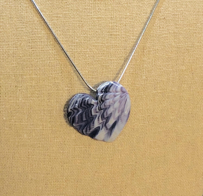 Scallop Heart Pendant W027