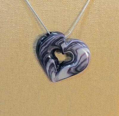 Tiffany Heart W-025
