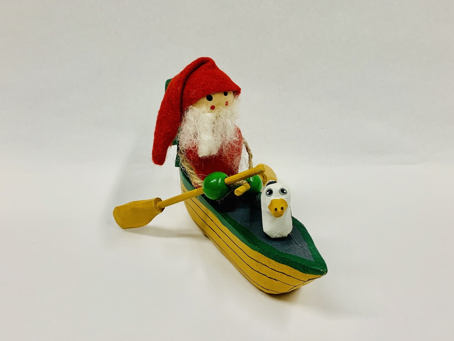 Timberdoodle Santa in Dory- Green Mittens