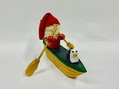 Timberdoodle Santa in Dory- Red Mitten