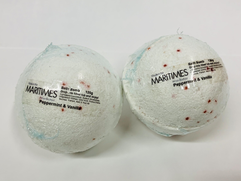 Peppermint & Vanilla Bath Bomb