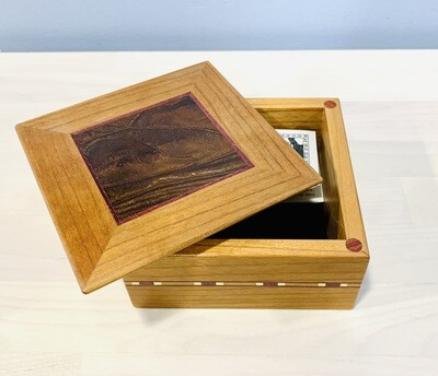 Small Square Box, Cherry - Tam Fleming