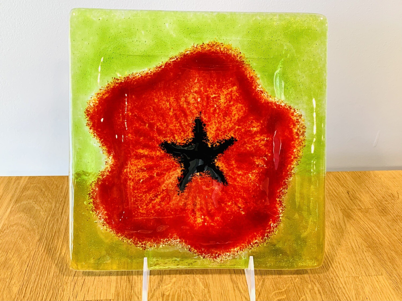 Poppy Plate, 9x9 - Kiln Art