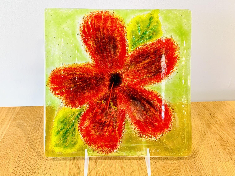 Hibiscus Plate, 9x9 - Kiln Art