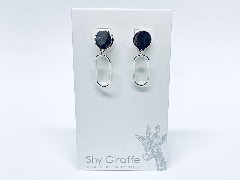 Small Oval Stud Earrings - Shy Giraffe