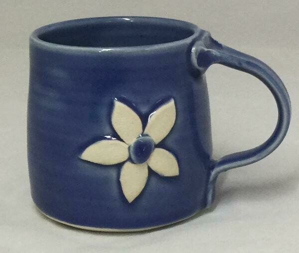 Dark Blue Daisy Mug GA