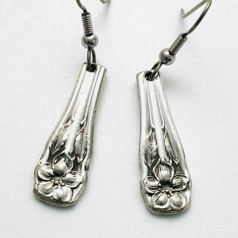 Medium Earrings - D