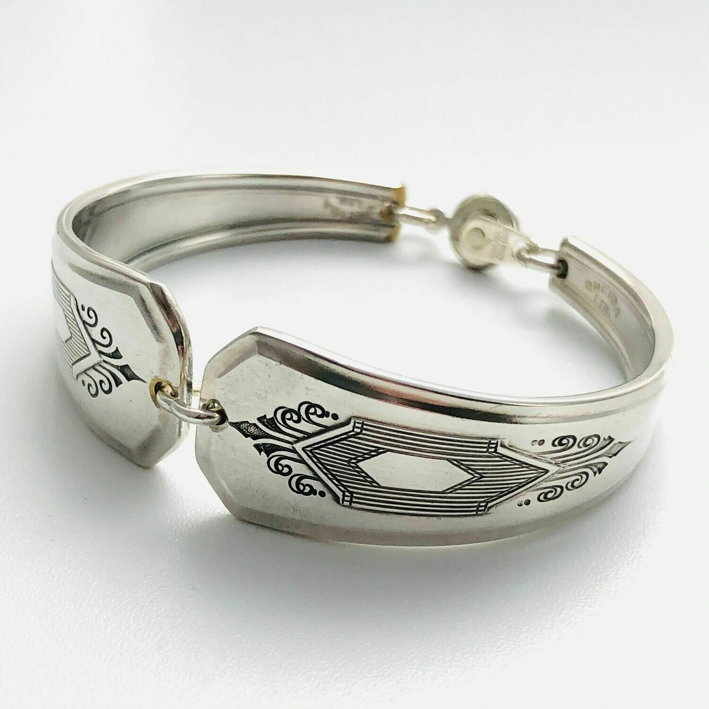 Medium Bracelet - D
