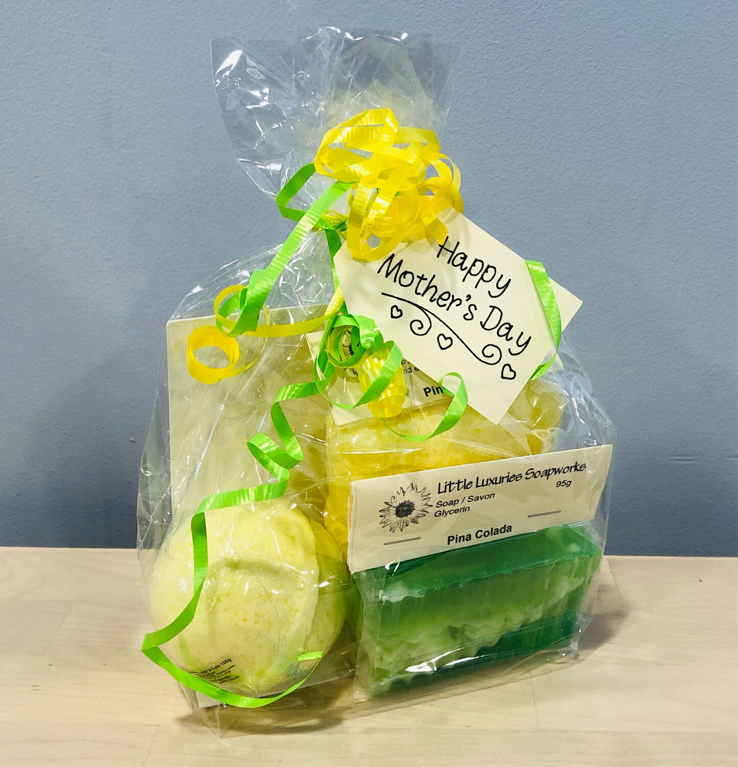 Mother's Day Gift Set - Pina Colada