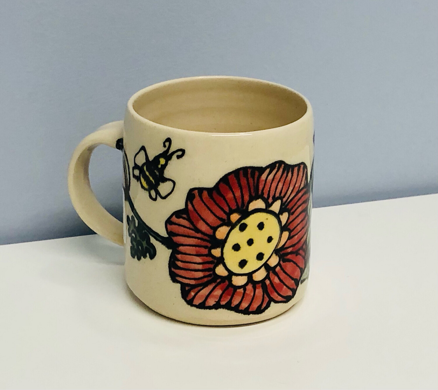 Branches Pottery- Flower and Bee, Cream