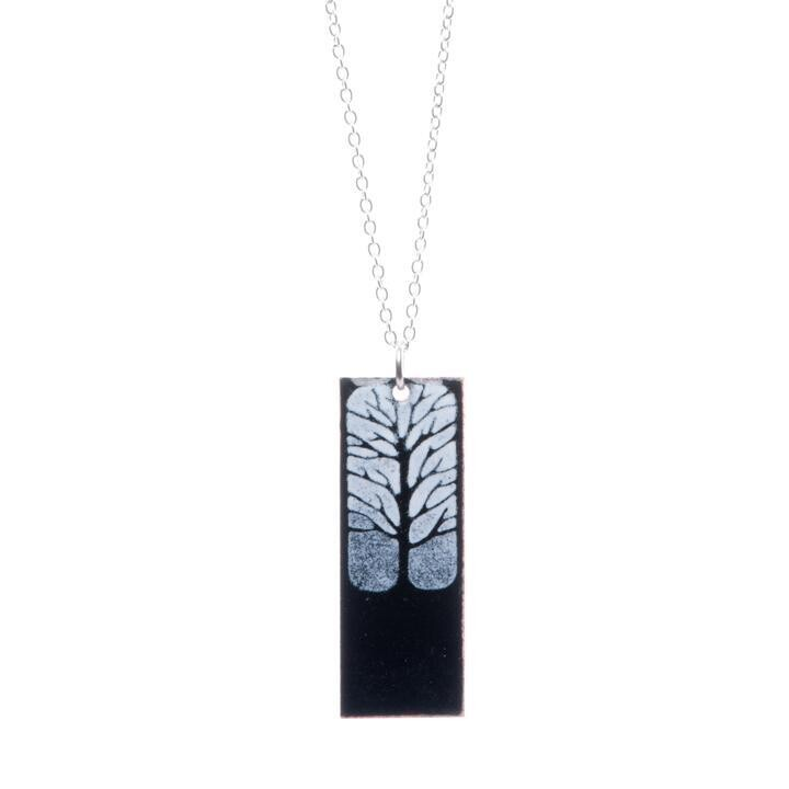 Tree Black