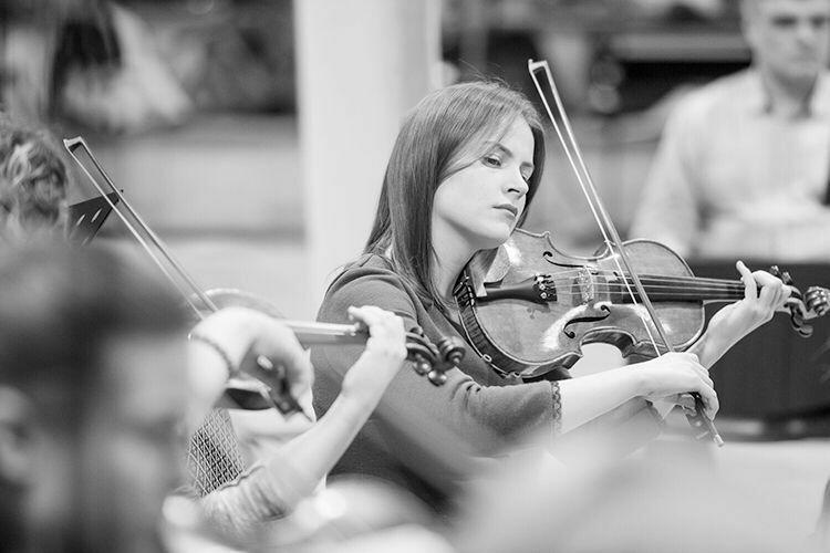 String Orchestra 21 pcs.
