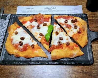 DIAVOLA: Pomodoro, Fiordilatte, Salame, Olive e 'Nduja