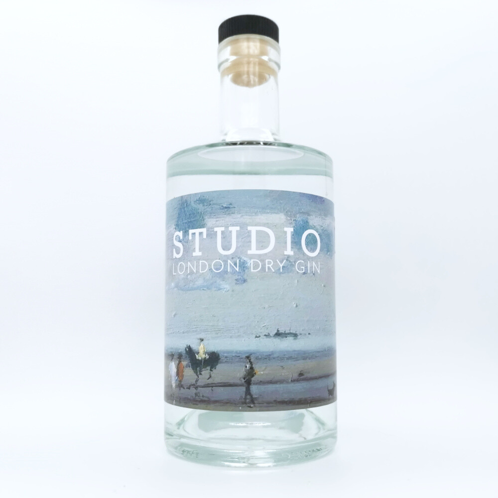 Studio Gin by Signal