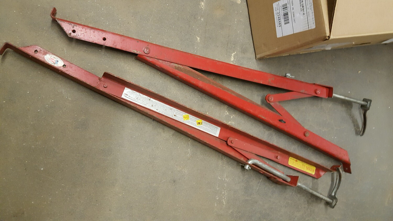 Roof Brackets, used, pair