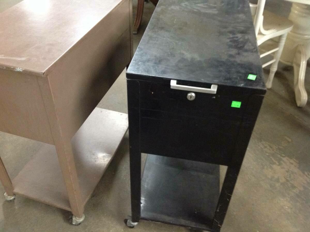 File Cabinet on wheels