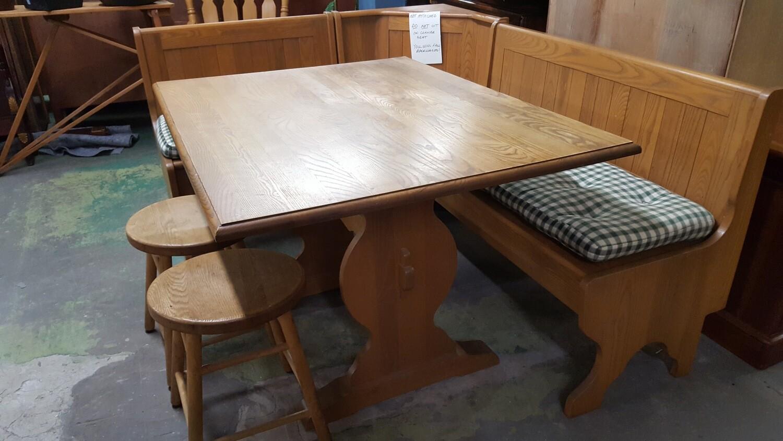 Corner Kitchen Table Nook