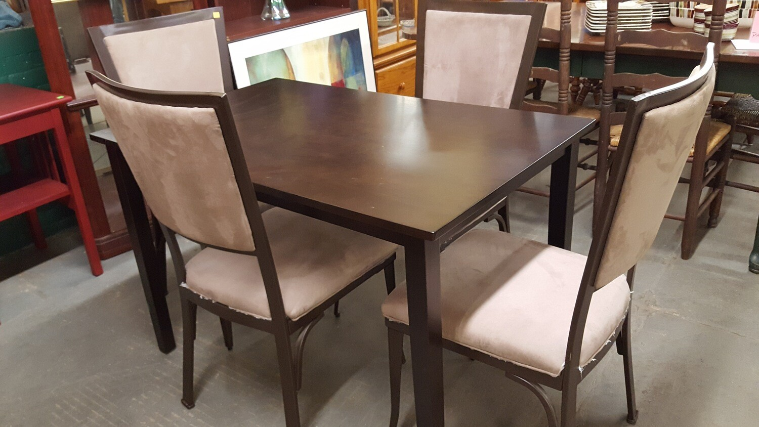 Modern Dining Table, 4 chairs
