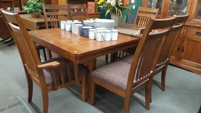 Mission-style Dining Table 6 chairs