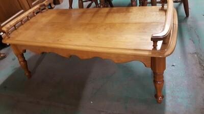 Oak Coffee Table  (R)