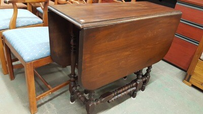 Antique Gate Leg Table (R)