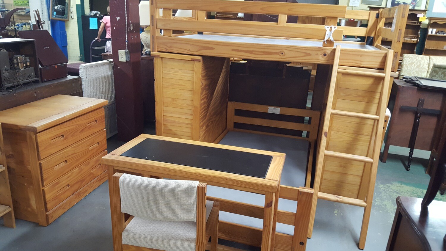 Rustic Pine Bedroom Set  (BL)