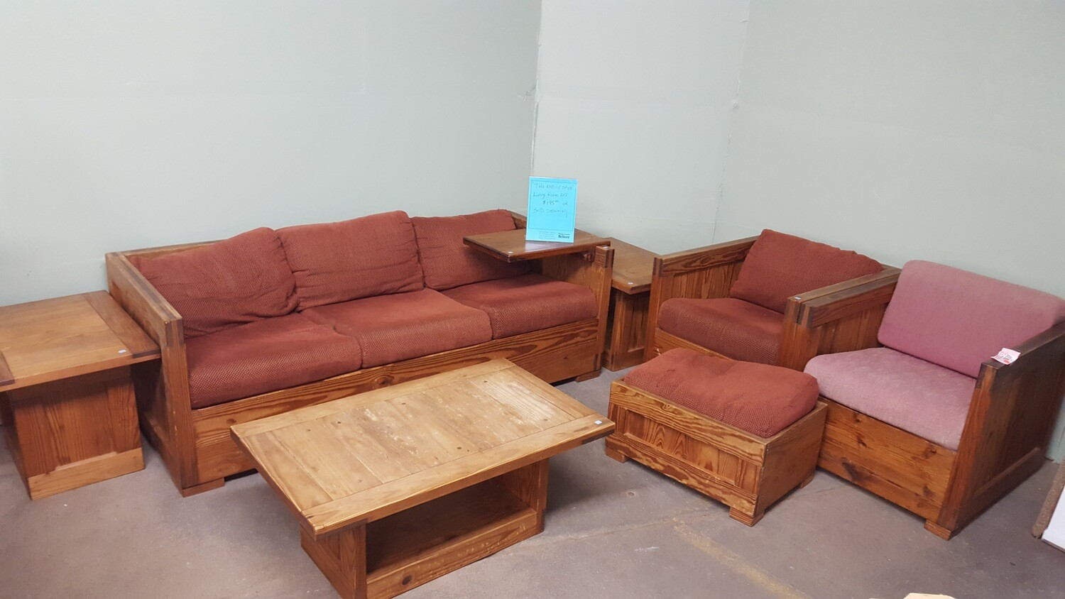 This End Up Living Room set