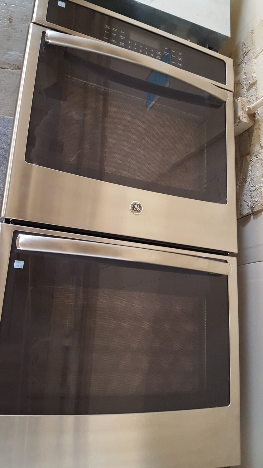 GE Convection Double Wall Oven