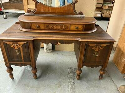 Antique Vanity with mirror (GR)