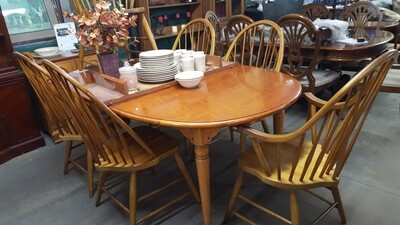 Windsor Dining set, 6 chairs