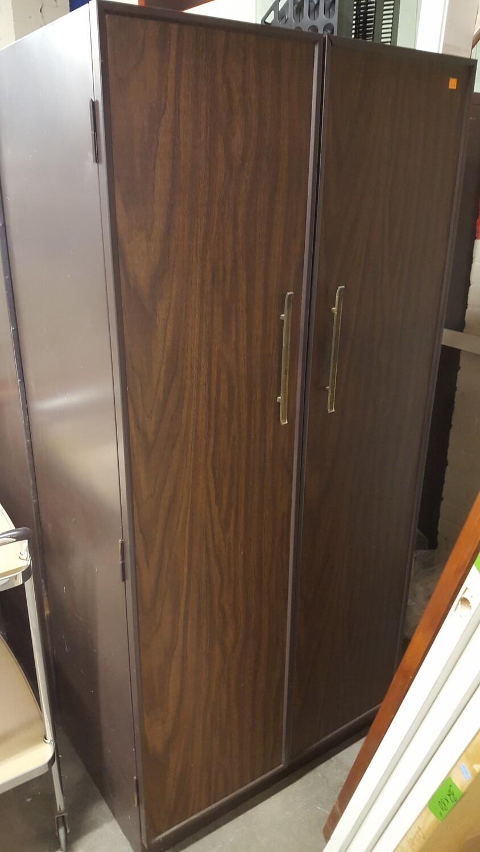 Metal Closet (OR)