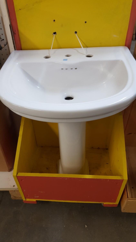 Pedestal Sink (BL)