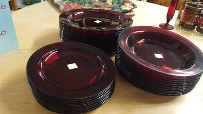 Red Glass Dishes, set