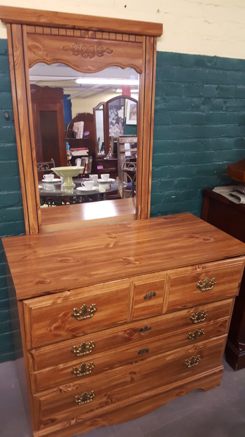 3-drawer Dresser with Mirror (B)