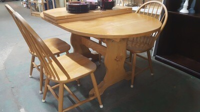 Oval Trestle Table (B)