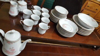 Crown Ming China, 45 pc  (w)
