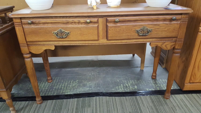 Small Oak hall table (b)