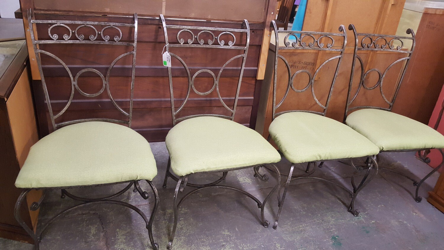 Set of 4 Metal Cafe Chairs (o)