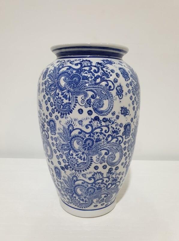 Vase-Blue/White Toile