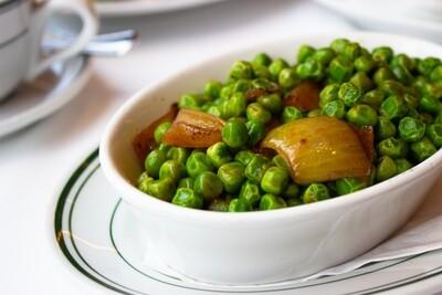 Sautéed Peas and Onions