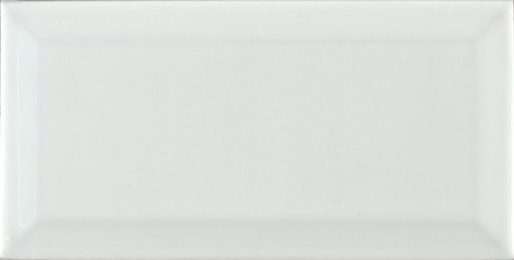 Robin White 10Х20