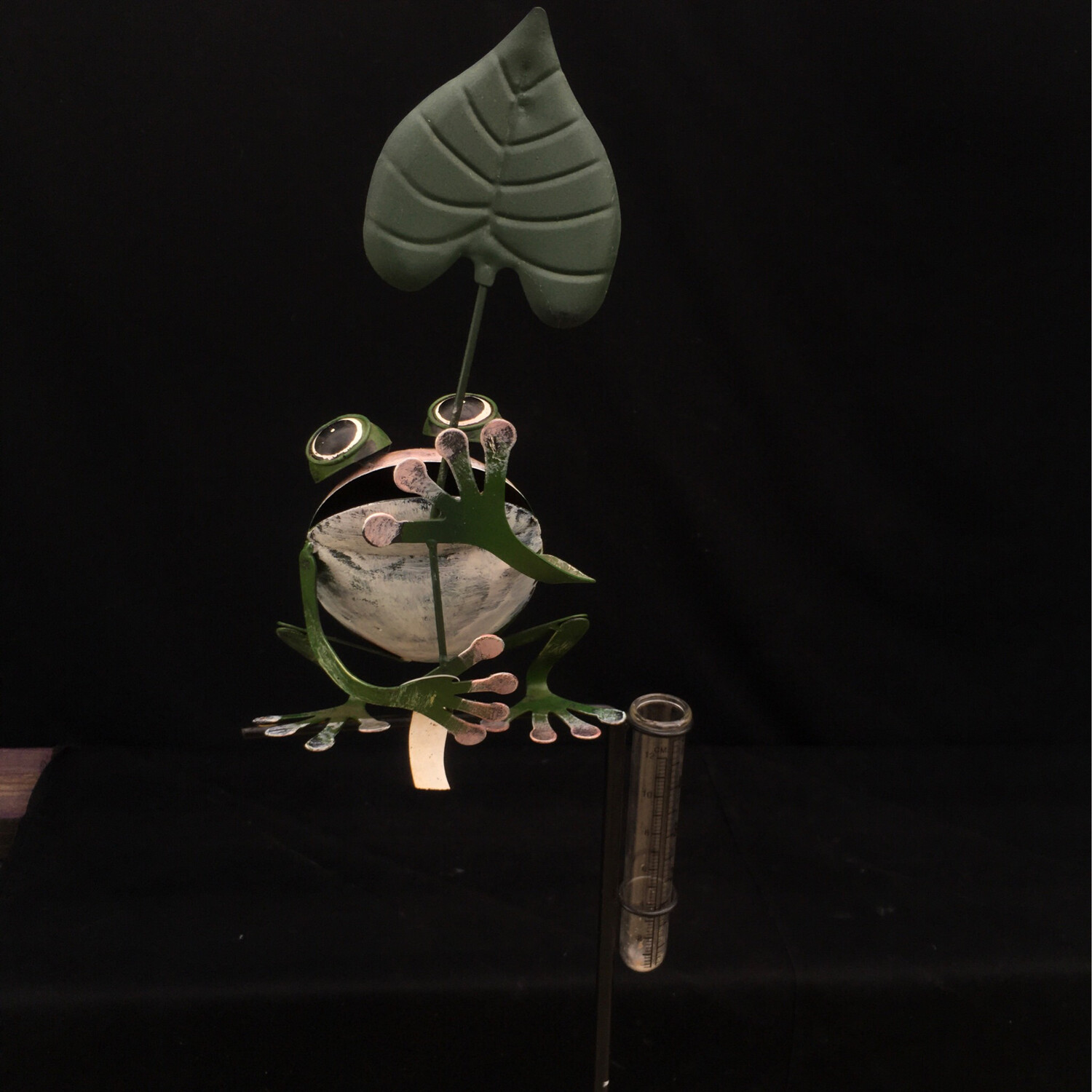 Cute Frog With Rain Gage - On Stake
