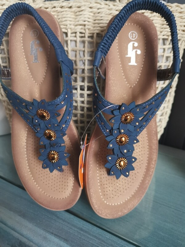 JJ Sandals Thong with Bling