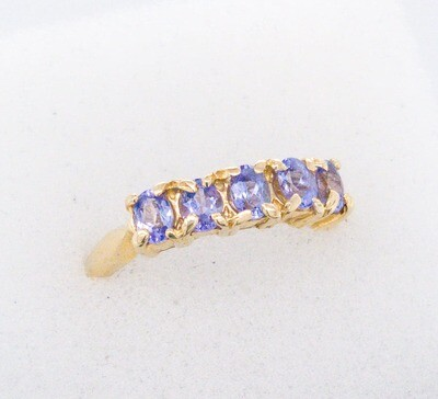 880-17 Vintage 5 Tanzanite Band Ring R200