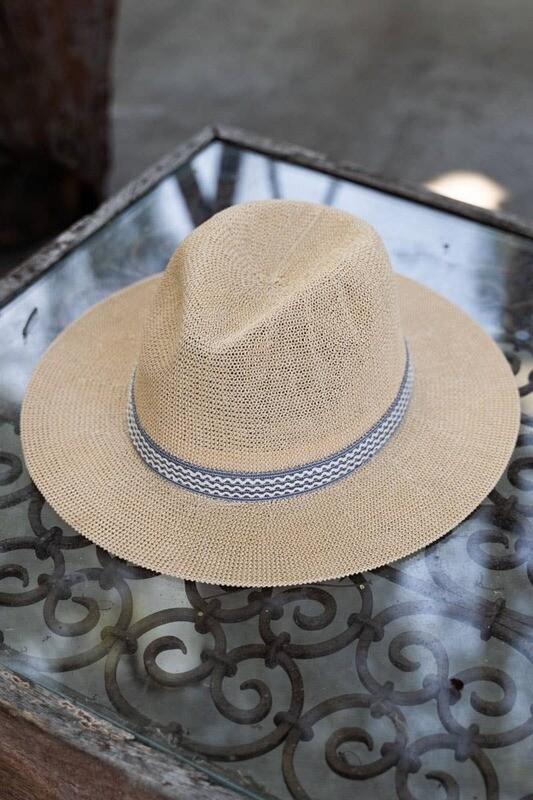 600-HAT33 NATURAL HOMBURG HAT R50