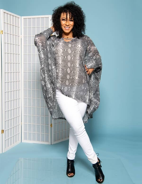 000-001 SHAWL DAWLS ENDLESS CARDI CAPE WRAP R120