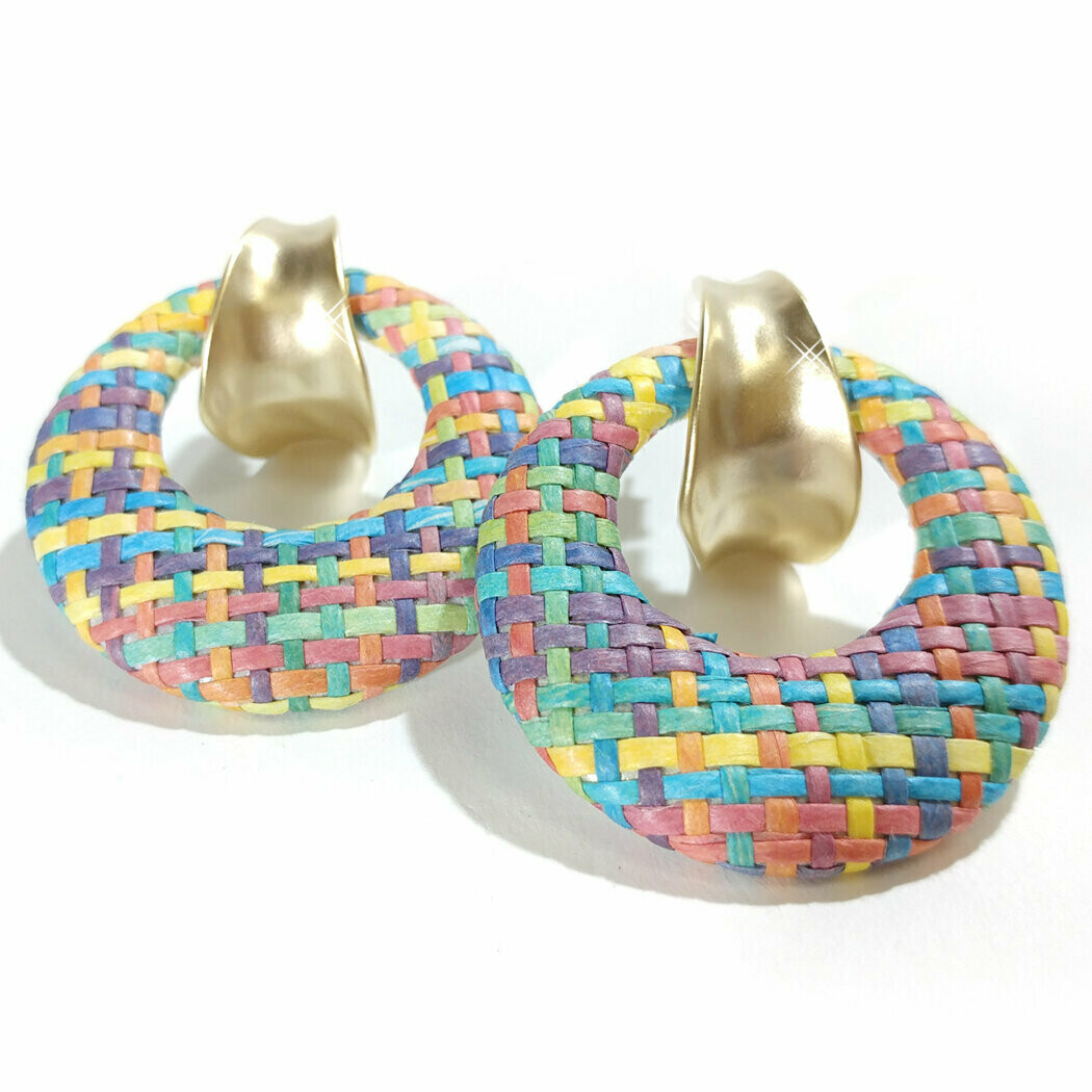 720-JKE500.MI EARRING PASTEL WEAVED HOOP