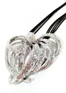 700-JKN576 Flower Heart Pearl Silver