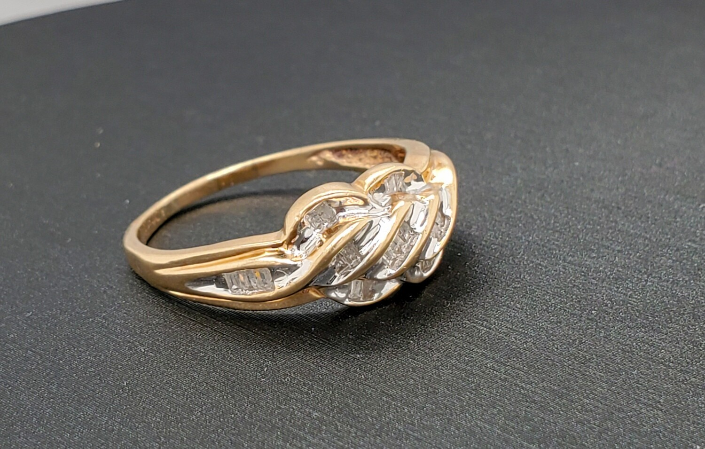 Baguette Ring 10k YG Size 9.5